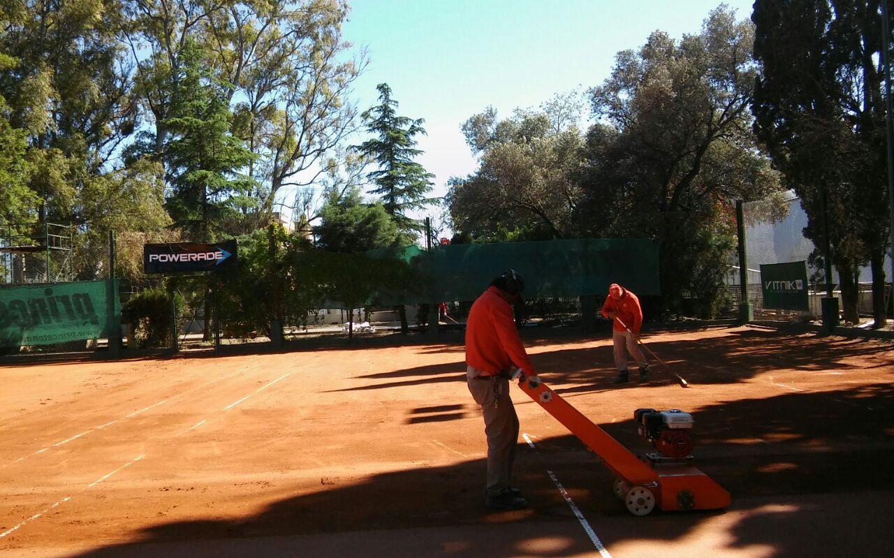 image-2016-10-15-jcc-trabajando-tenis