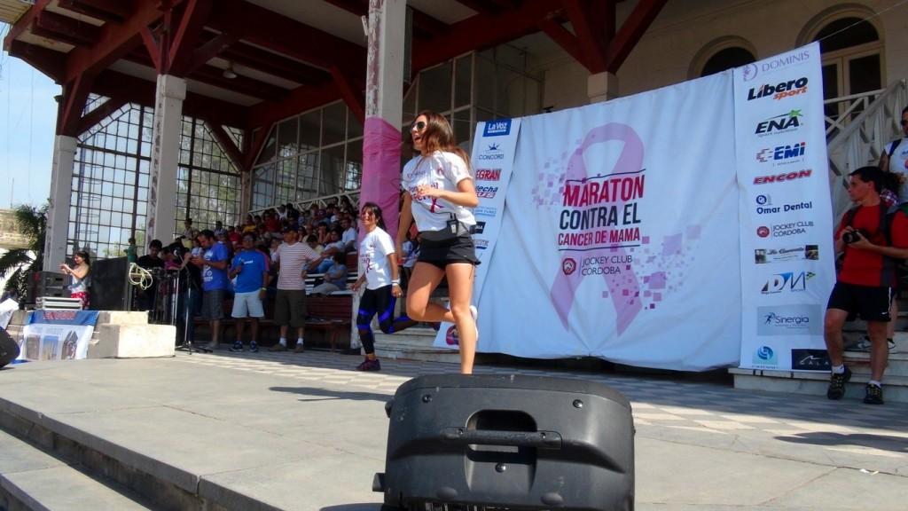 Entrada en Calor - 1er maraton contra el cancer de mama - Jockey Club Córdoba - Dominis - 3