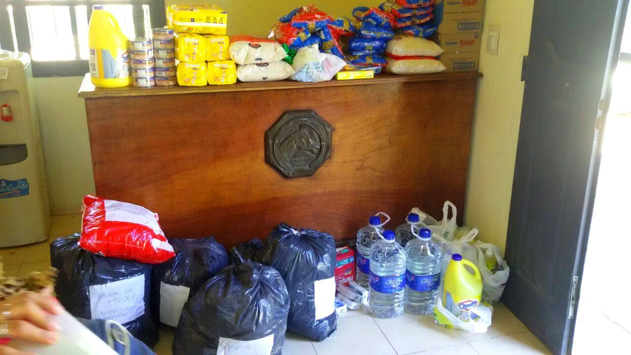 Jockey Club Córdoba - Parte de las donaciones a los afectados por las inundaciones en Sierras Chicas - febrero 2015