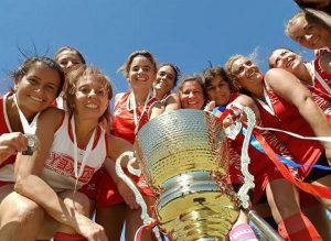jcc-hockey-damas-intermedia-blanco-campeones